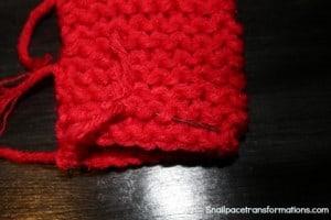 weaving in ends fingerless gloves