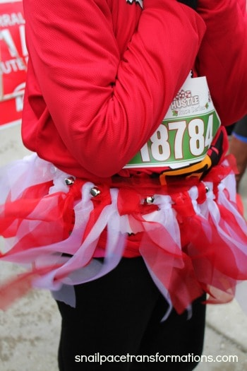 jingle bell race skirt