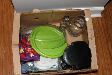 kitchen toss box