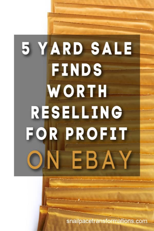 These items are worth picking up when you are out yard sale shopping to sell for a profit on eBay. #ebaytips #yardsaletips