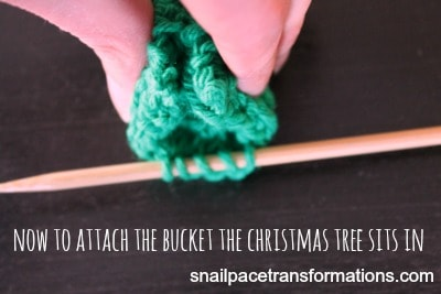 Christmas tree ornament attaching bucket
