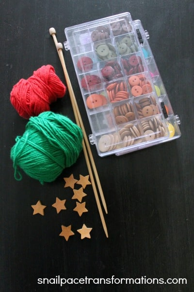 Supplies needed to make knitted Christmas tree ornament