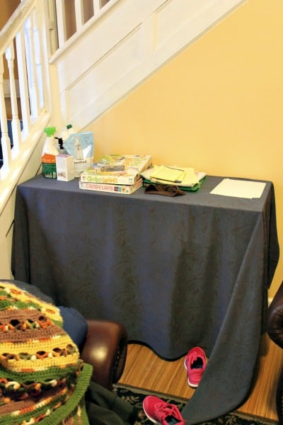 sofa table declutter