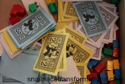 monoply money