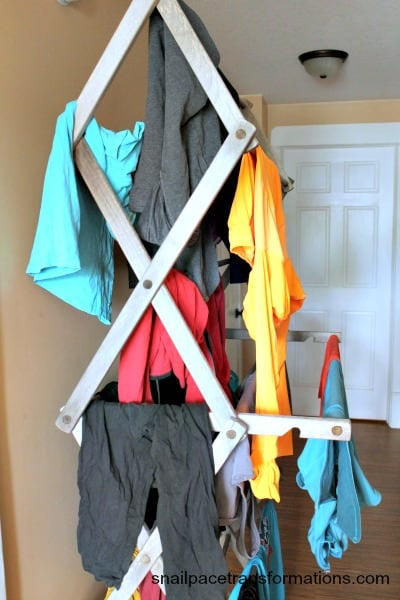 How to get the stink out of workout clothes. This is so simple!