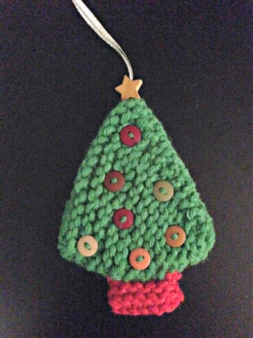 christmas-tree-knitted