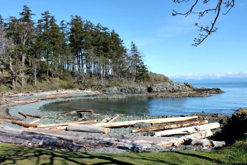 RV Trip Week 13: Pipers Lagoon, Nanaimo, B.C. .