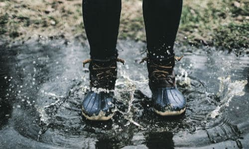 Autumn date idea--puddle jumping.